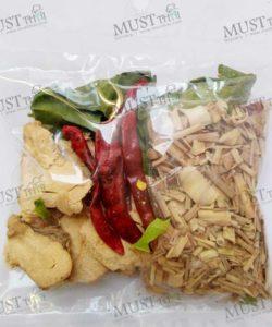 Spicy Soup Tom Yum Set Dried Thai Herbs 40g Thai 01