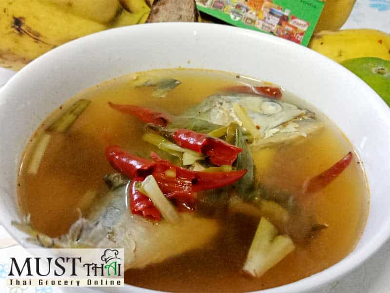 Hot and spicy soup with mackerel